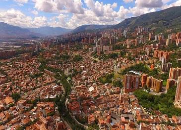 Colômbia escolhe cidades-piloto do LEDS Lab