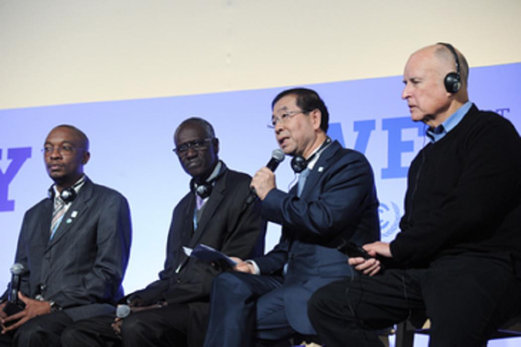 Prefeito Park Won Soon entrega Declaração do ICLEI no 'Dia da Ação' na COP21