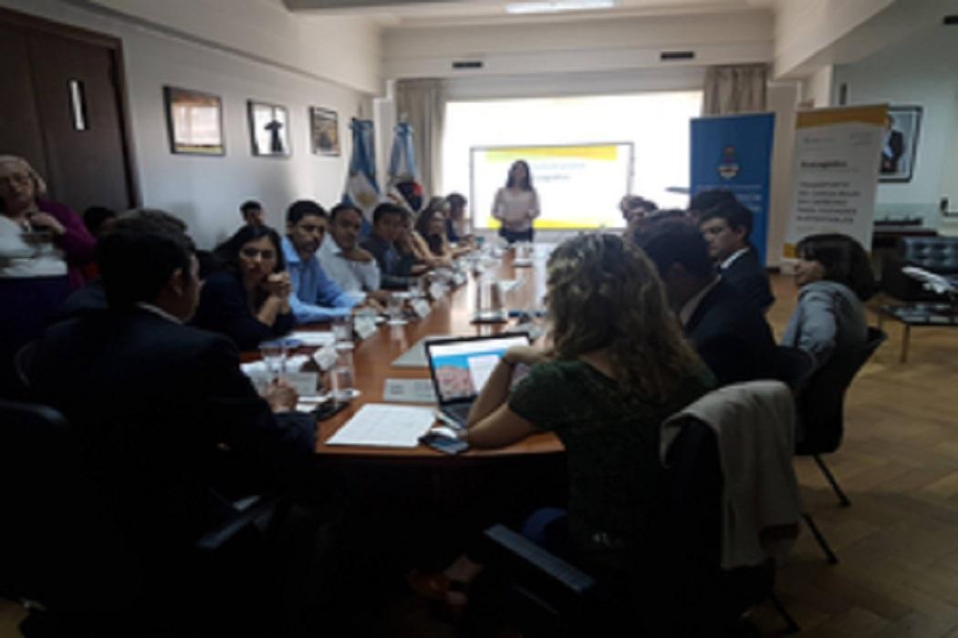 3 cidades argentinas unem-se a esforço global para abordar ecologística em transporte de carga